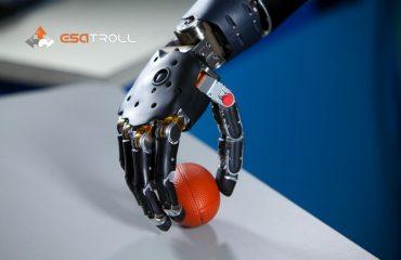 ROBOT | Esatroll Sa - AGV - LGV - Automazione industriale